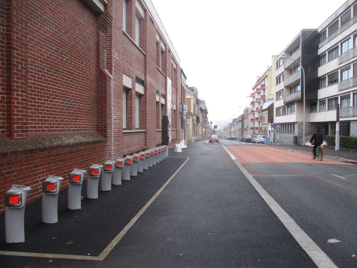 Amiens. Rue Delpech. 16 Déc. 2018. © Jean-Louis Crimon