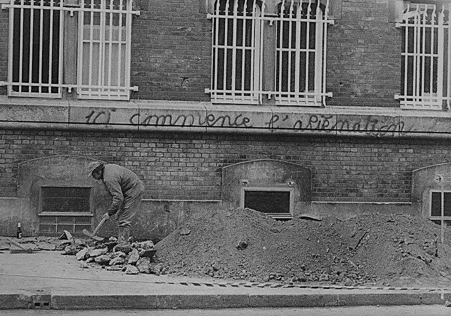 Amiens. Rue des Sergents. Nov. 1978. © Jean-Louis Crimon