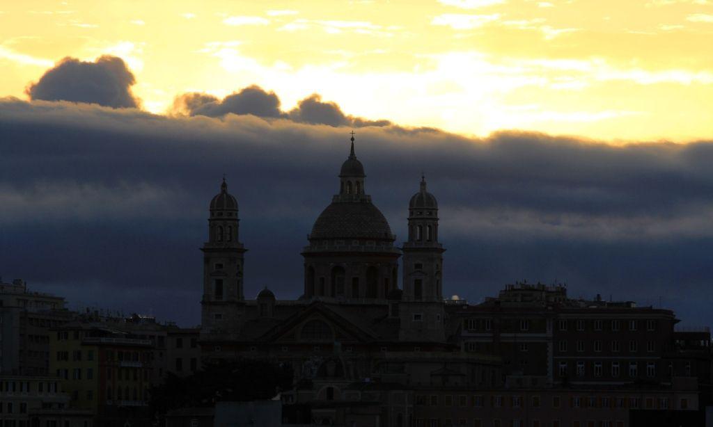 Couchers de soleil à Gênes Italie Msc FANTASIA