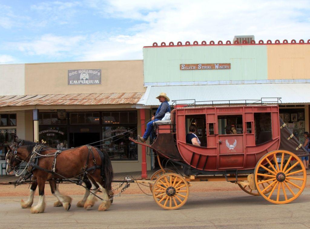 Les calèches de Tombstone : ville d'OK Corral
