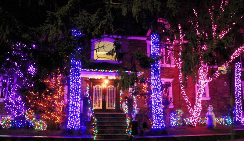 Dyker Heightz Christmas Lights / Illuminations des maisons particuliers New York partie 1