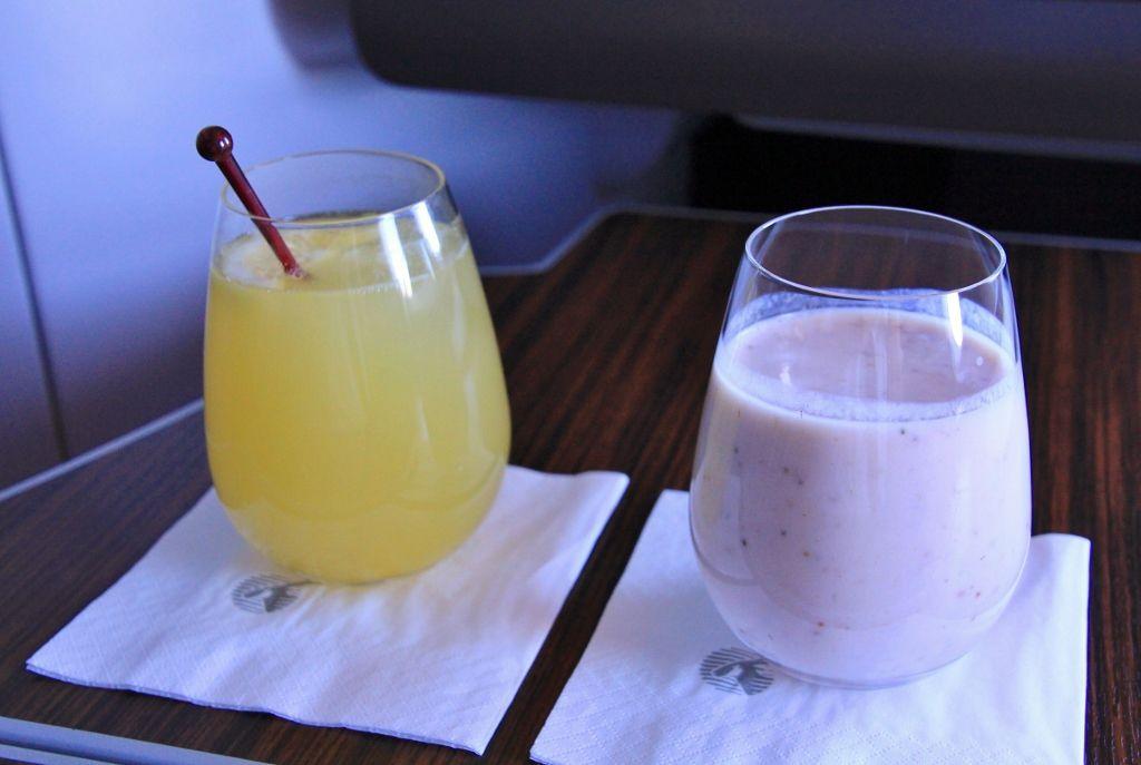 Repas dans l'avion Qatar airways