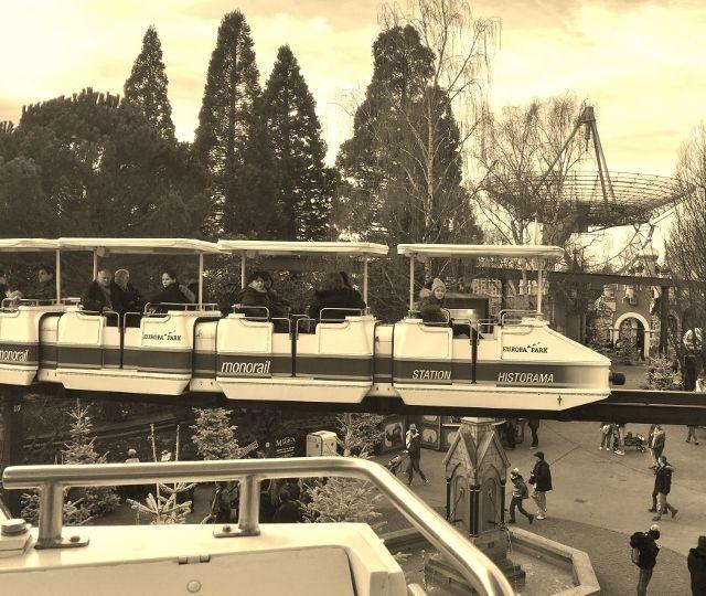 Vues du monorail d'Europa park
