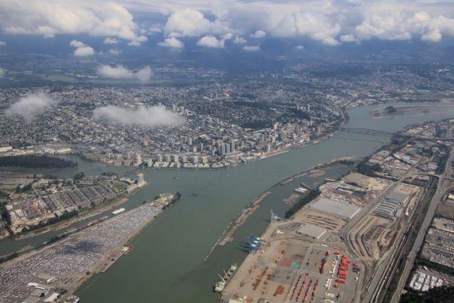 Vancouver d'en haut et flottage de bois Canada