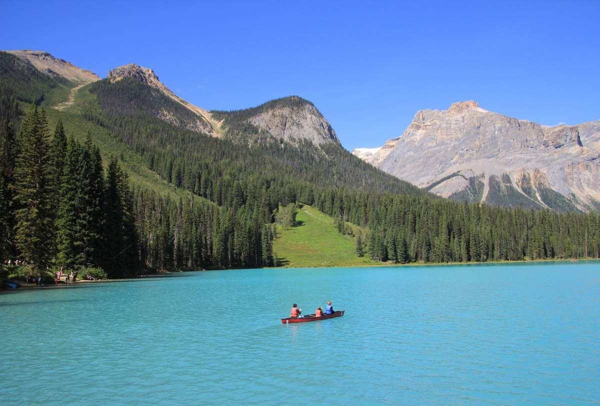 Lac EMERAUDE - Parc national Yoho au CANADA