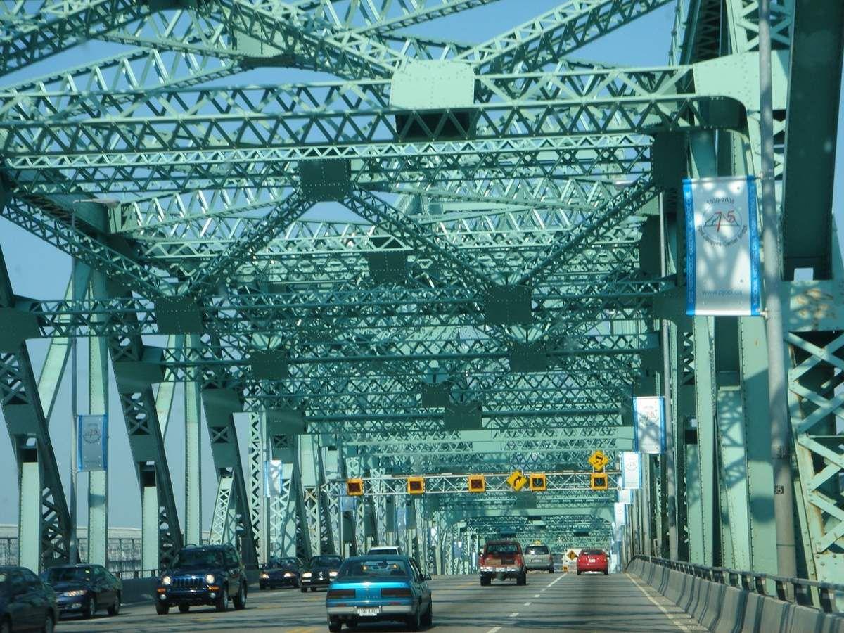 142 Montréal Canada
