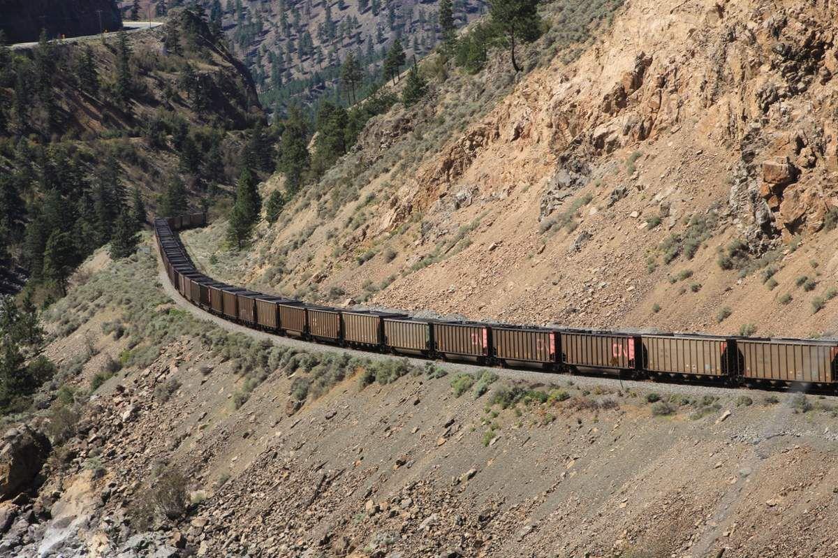 Trains canadiens