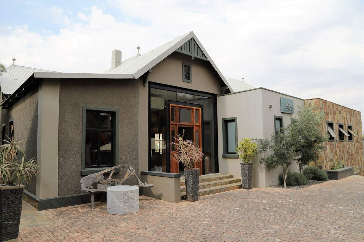 Olive executive suite Windhoeck Namibie
