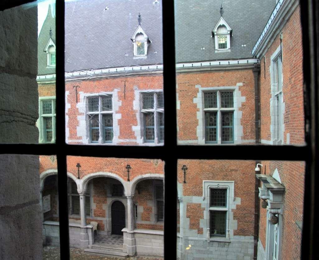 Intérieur hôtel Crowne plaza Liège