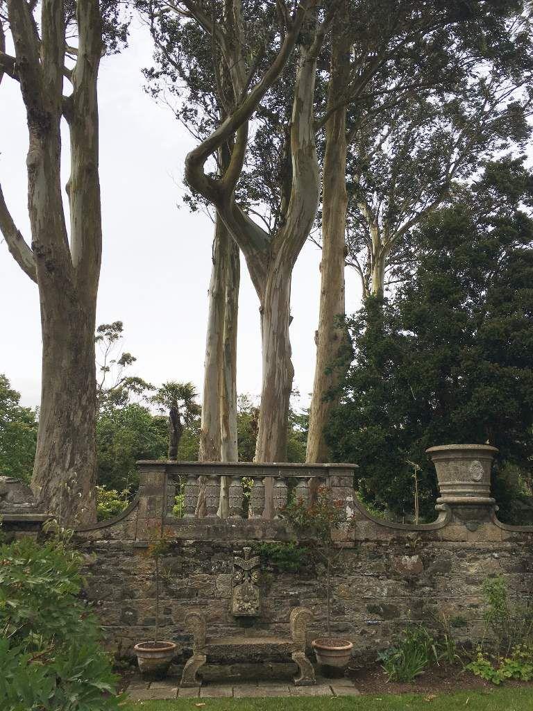 Mount Stewart house : Statues et bassins Irlande du Nord