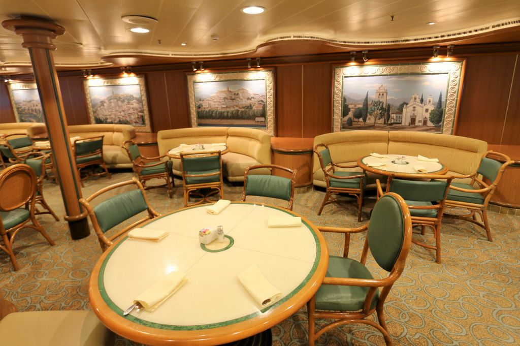 23 Diamond princess, les restaurants