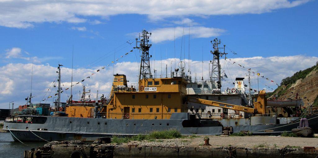 Cimetière de bâteaux pêcheurs SAKHALINE Russie