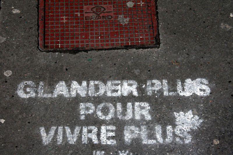 http://tataloeil.canalblog.com/albums/les_murs_ont_la_parole