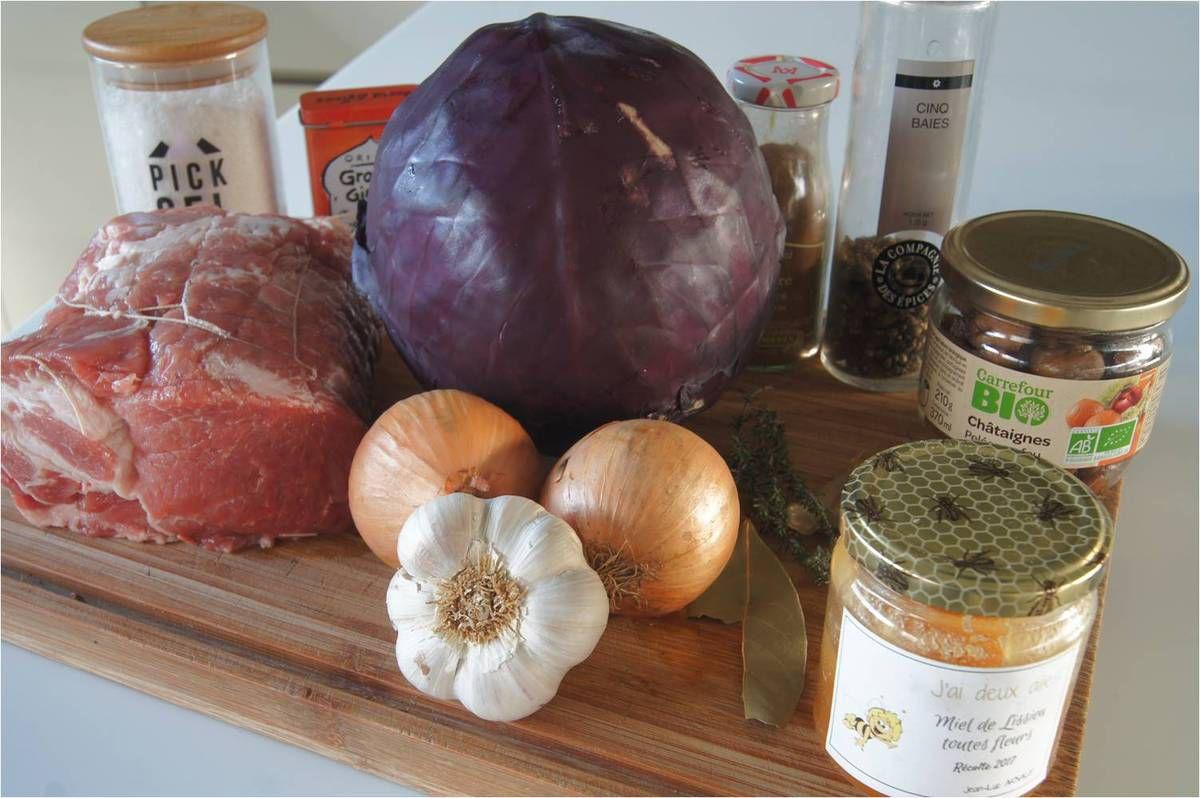 Rôti de porc, confit de chou rouge et châtaignes