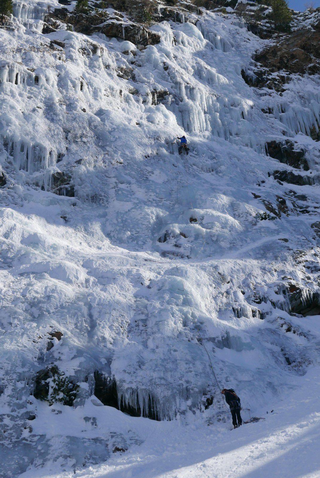 Tutto e relativo, un nom qui relative cette hiver si doux, l'absence de glace décrit par certain et plein d'autres choses de la vie.