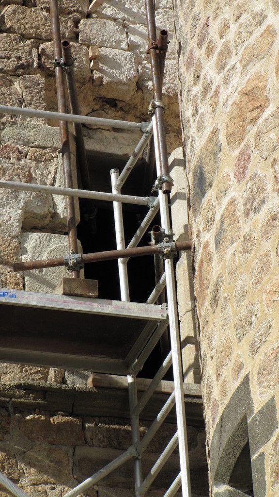 Réouverture de la  fenêtre à meneau du salon