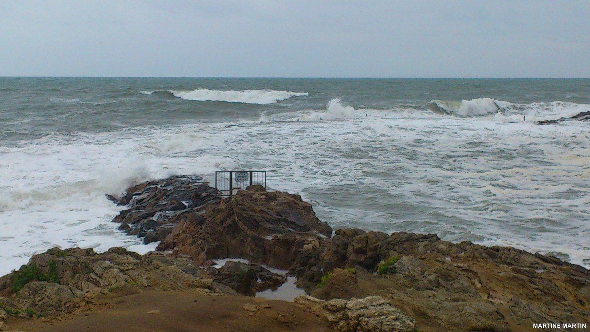Les Sables d'Olonne un jour de pluie et de grande marée