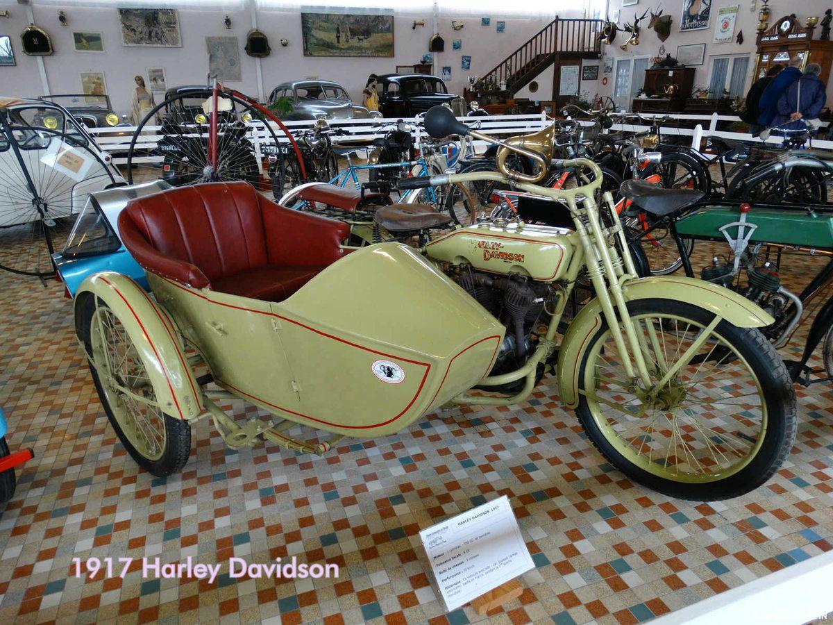 Musée de l'automobile de Vendée : Les cycles et motocycles