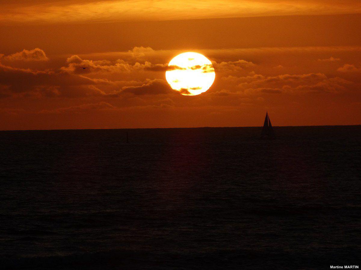 Coucher de soleil sur la baie des Sables