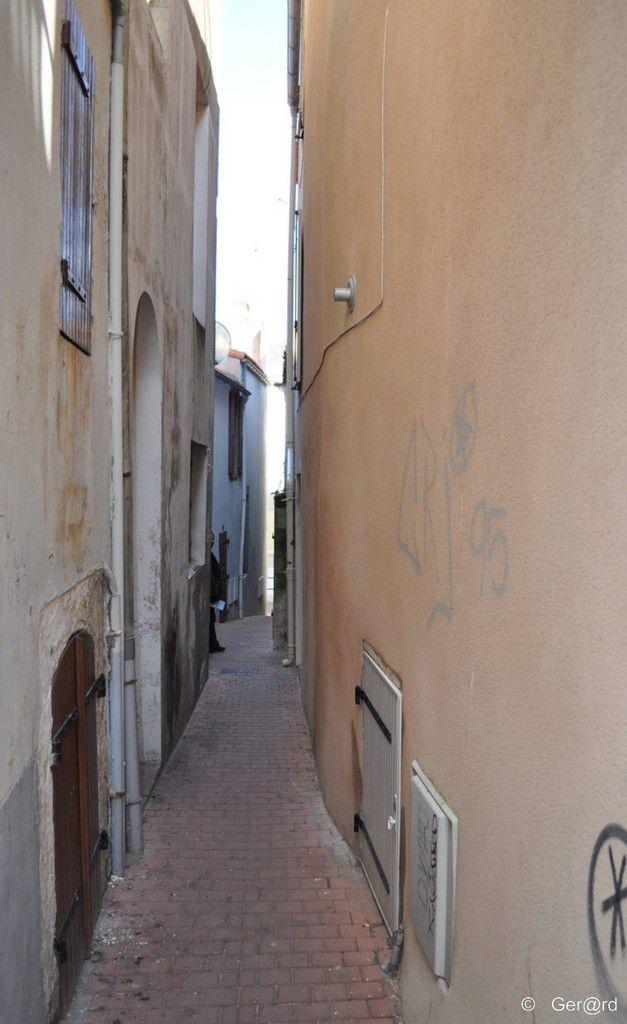 La rue de l'enfer aux Sables d'Olonne