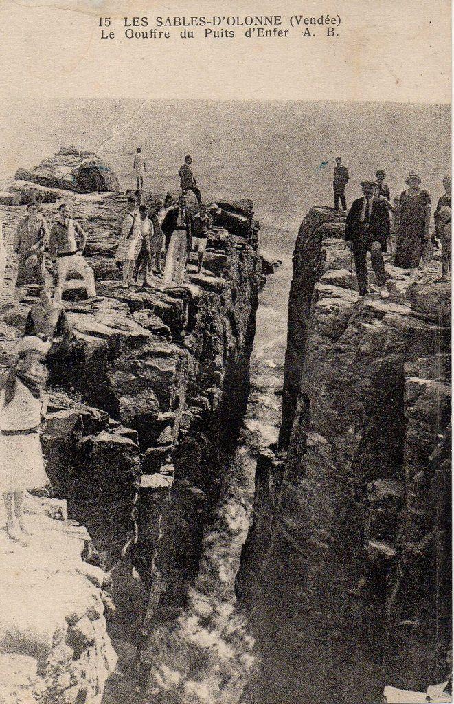 Le puits d'enfer au début du XXème siècle