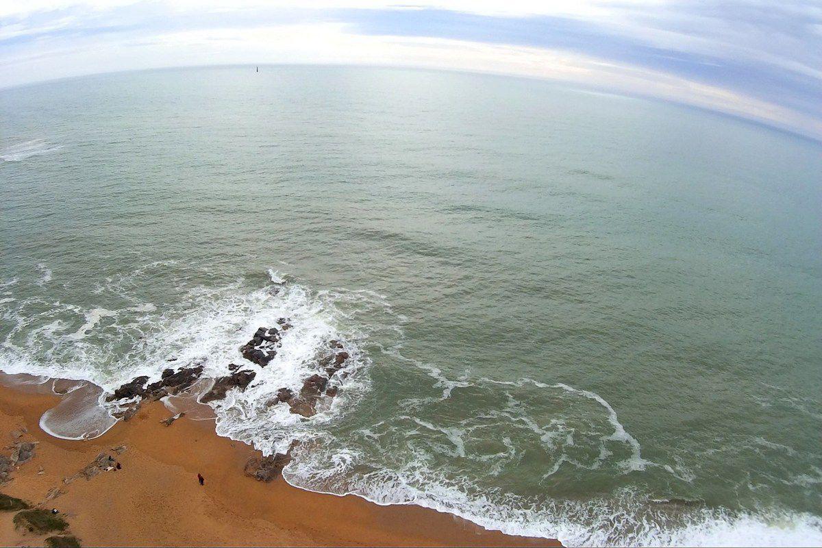 Photos aériennes plage de la paracou aux Sables d'Olonne