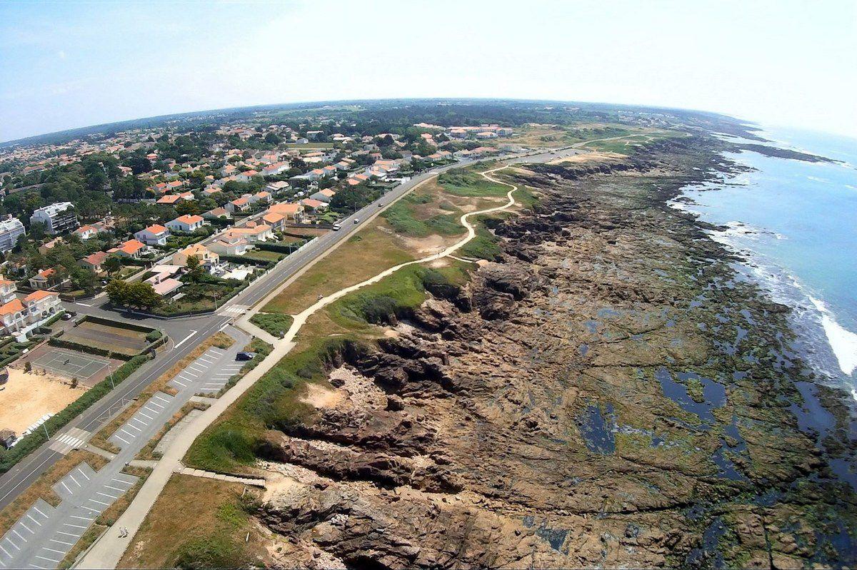 Photos aériennes de la côte de la Pironnière Château d'Olonne