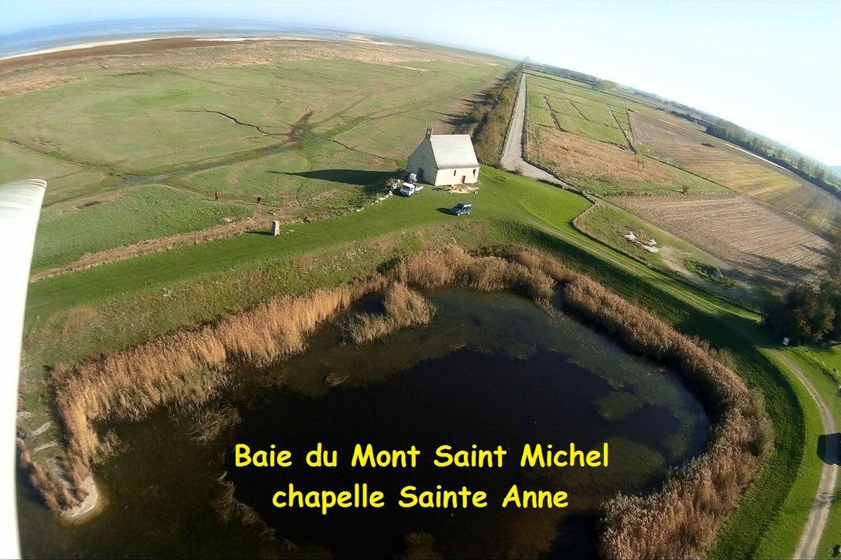 Photos aériennes de la chapelle Sainte Anne baie du mont St Michel