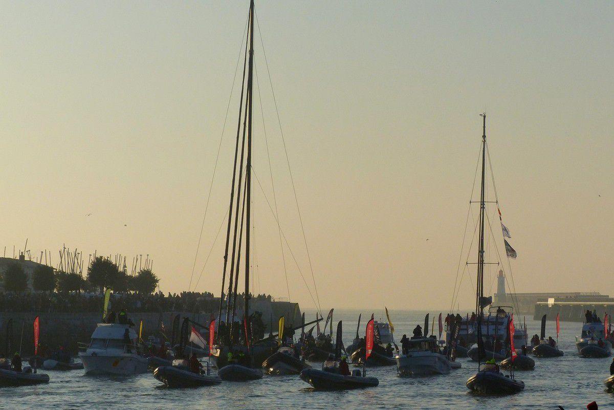 Vendée Globe : Arrivée du second  Alex THOMSON aux Sables d'Olonne