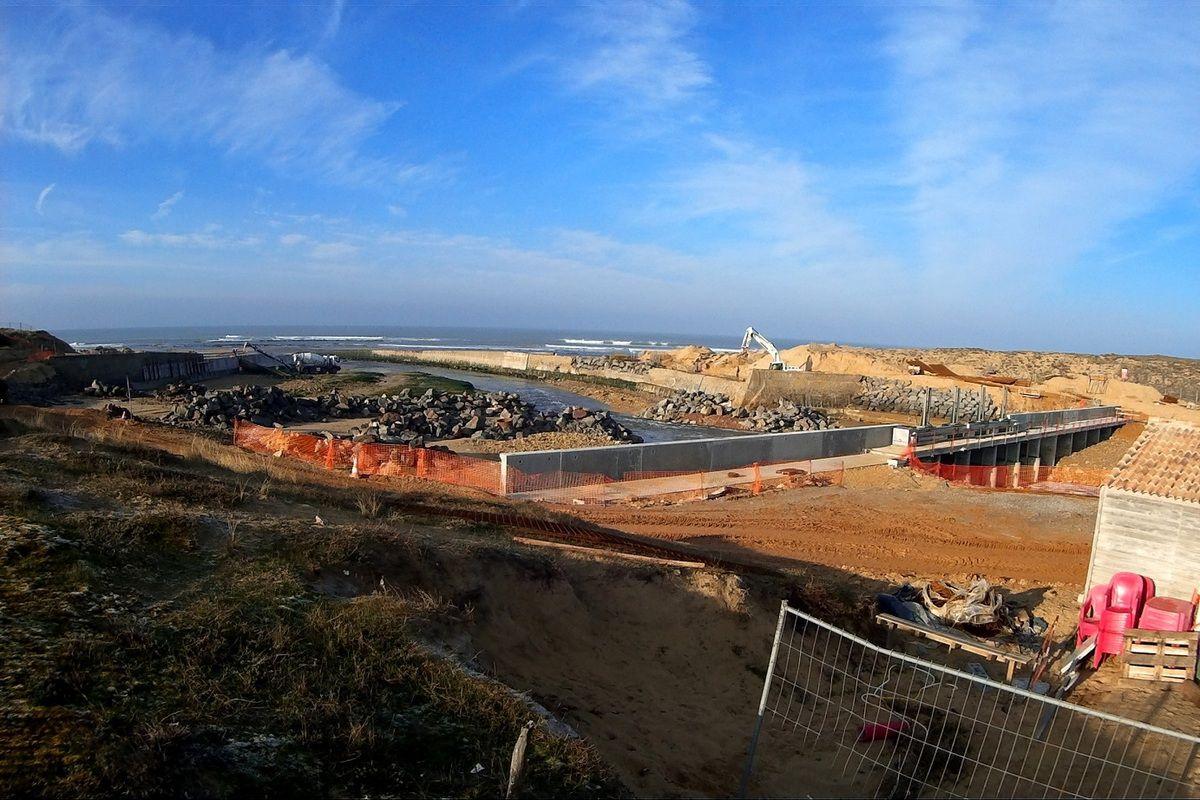 Chantier du barrage de la Gachère à Bretignolles sur Mer