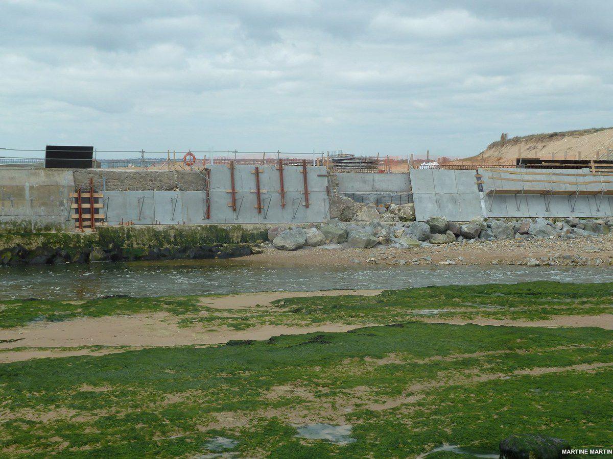 Avancement du chantier du barrage de la gachère  à Bretignolles sur Mer