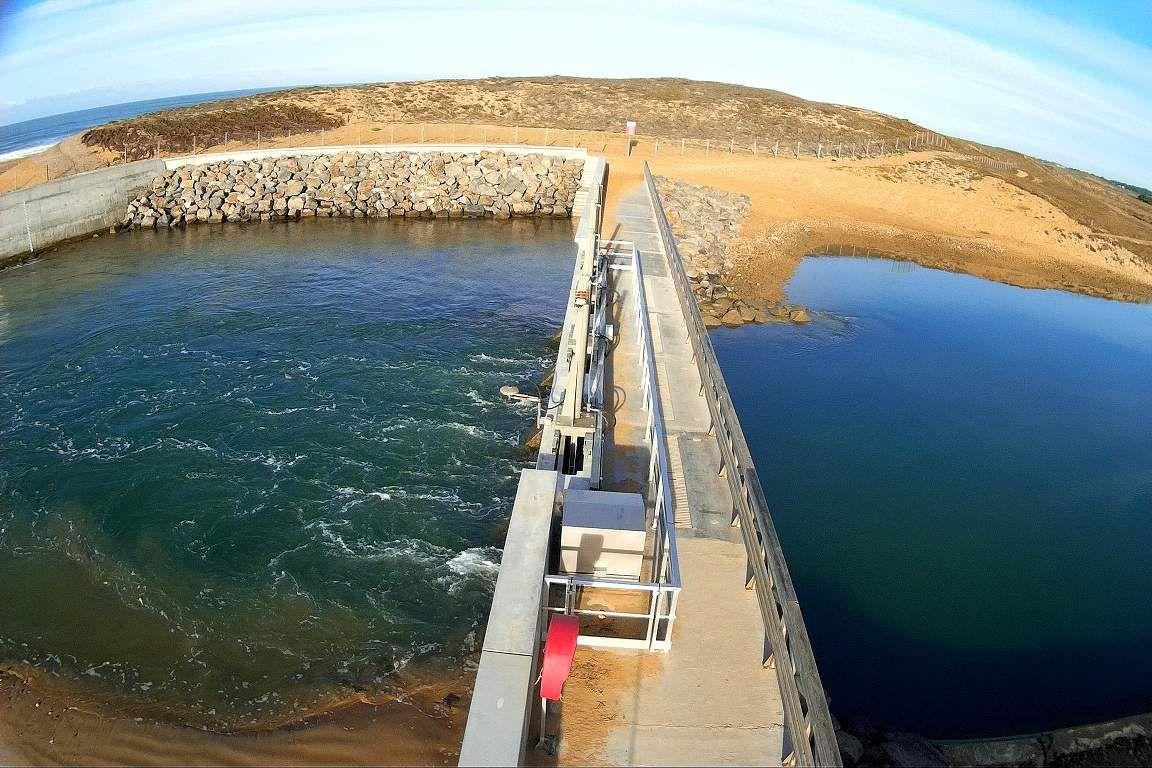 Nouveau barrage de l'écluse de la Gachère à Brem sur Mer