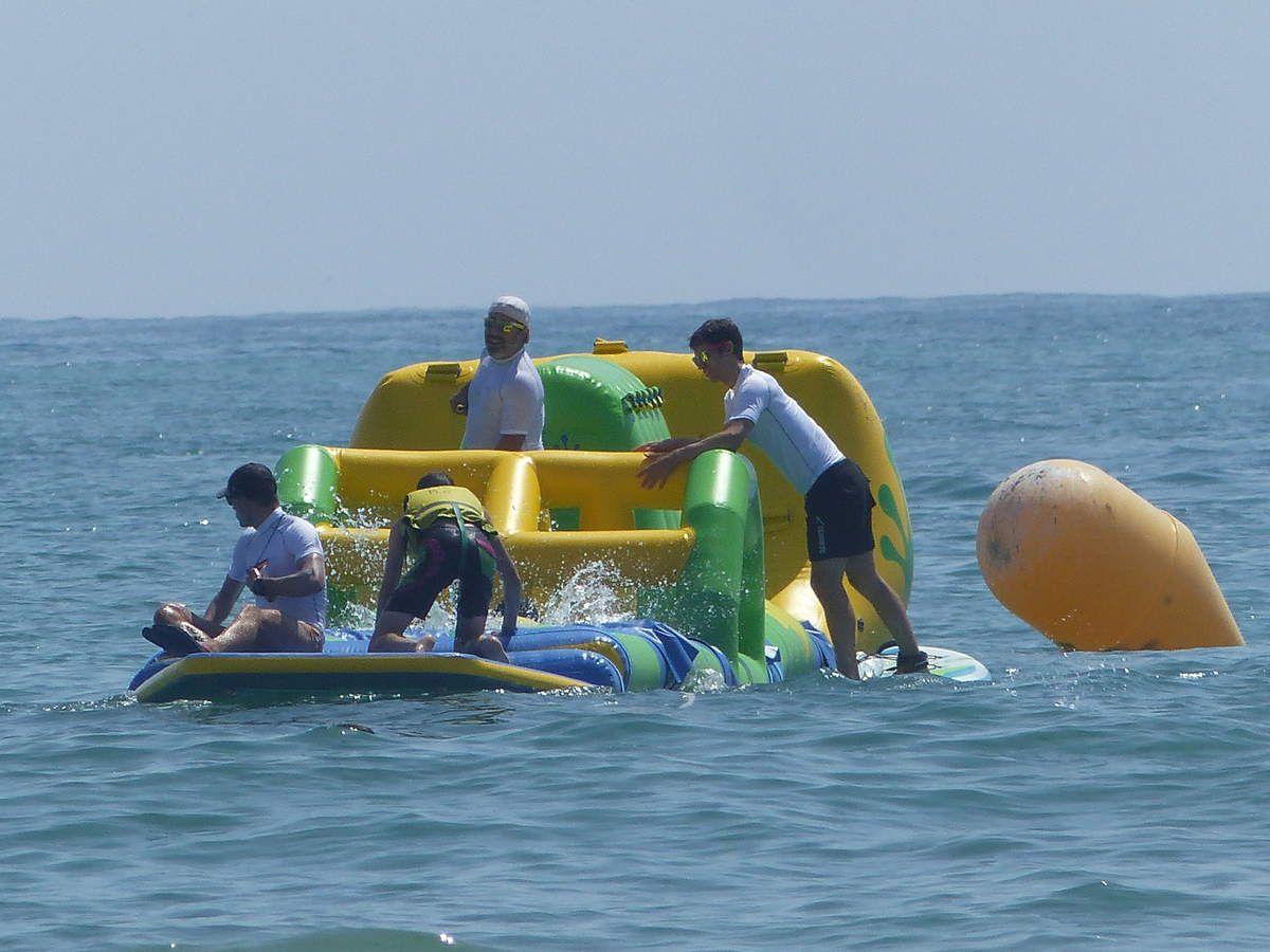 Photos du swin fun d'Aqualone sur la plage des Sables d'olonne