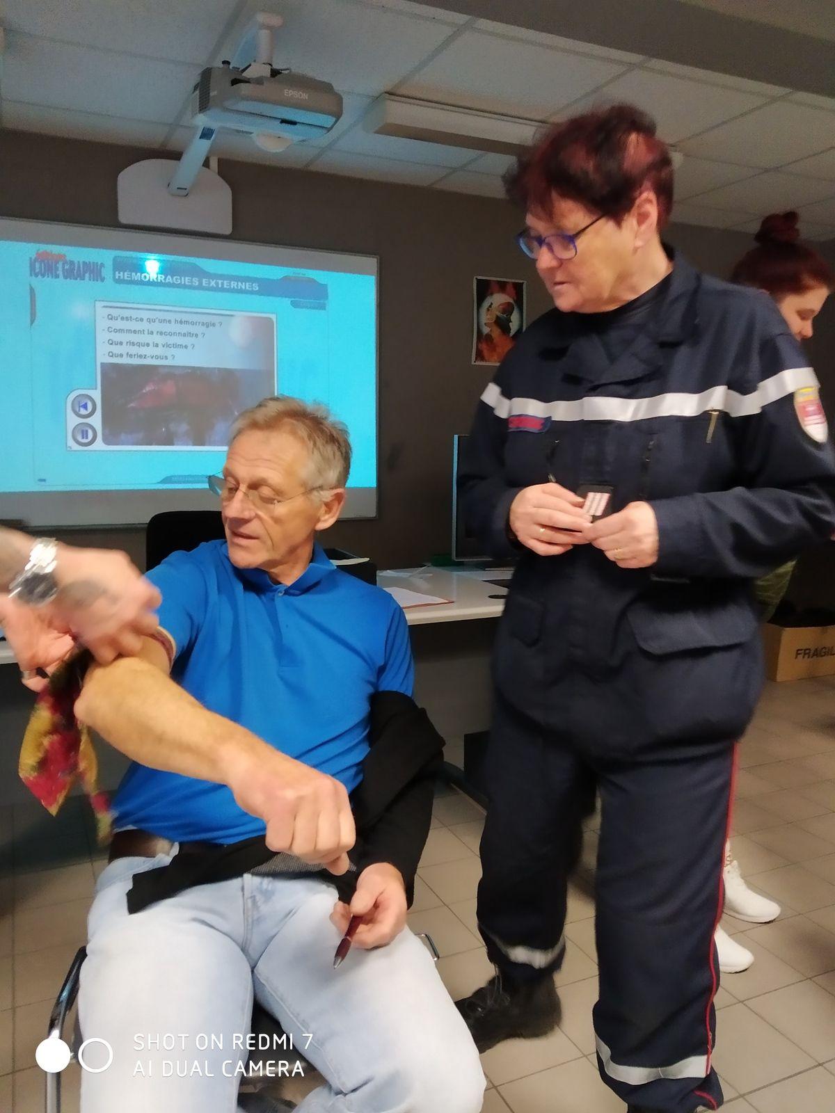 Le Running club Croisicais se forme aux premiers secours - PSC1