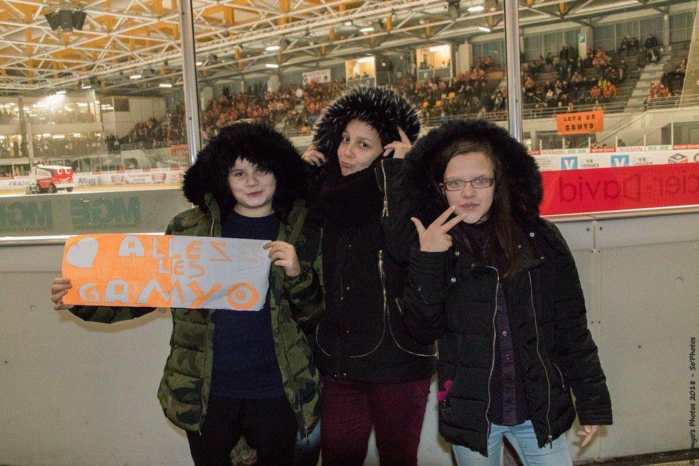 Les élèves de l'EREA tous fans de Hockey sur glace !
