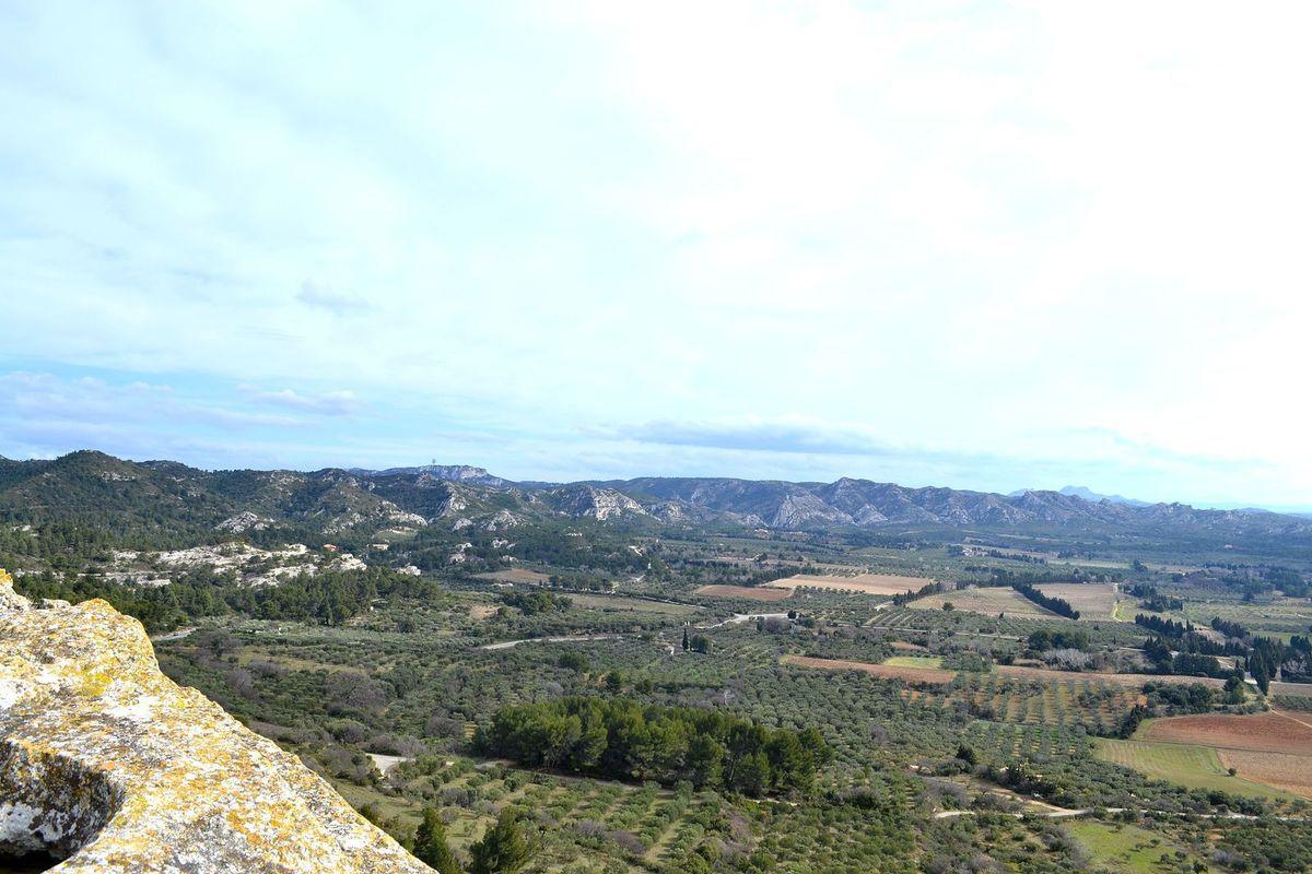 Plateau rocheux du château des Baux...