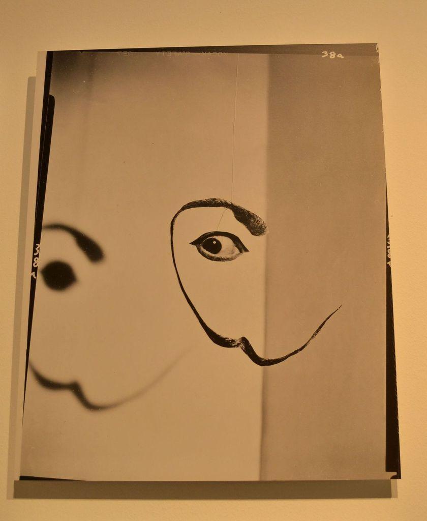 Quelques photos de Dali exposées à la fin de la visite du musée...