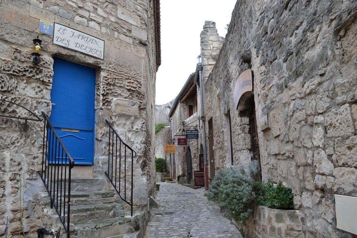 """Un """"Baux"""" village en Provence!"""