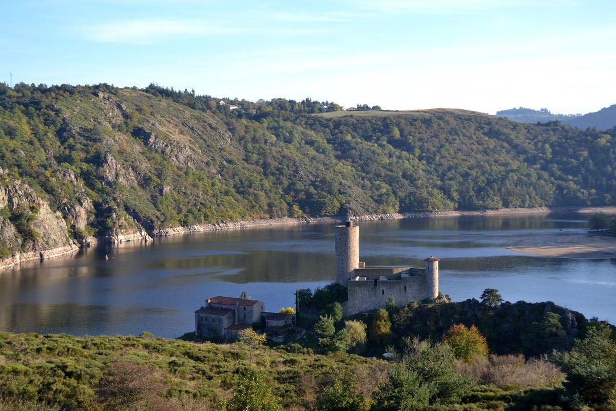 La légende du château de Grangent dans la Loire...