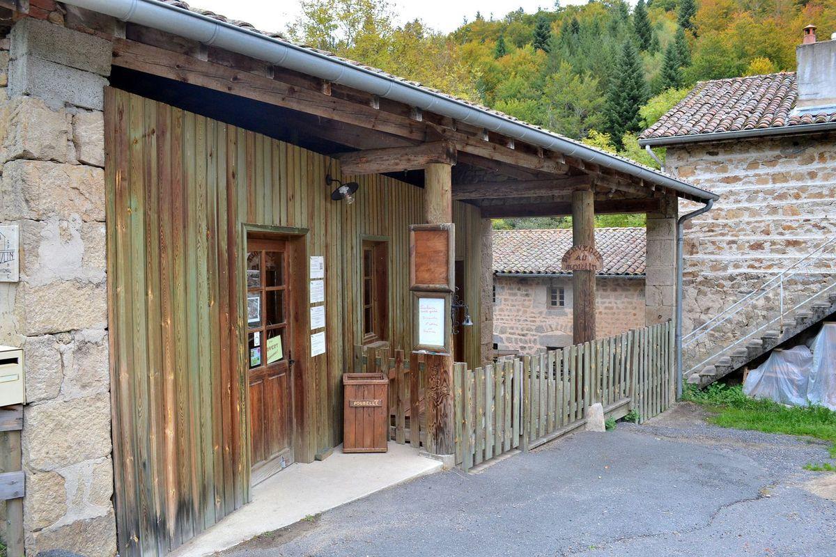 Arrivée au Moulin de Vignal dans la Loire...