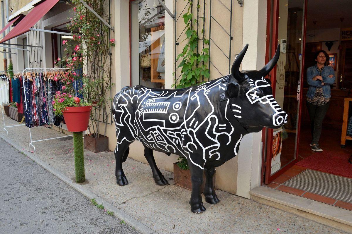 """Déambulations dans les petites rues anciennes d'Aigues-Mortes et gros craquage dans la boutique """"La Cure Gourmande"""", miam!!!"""