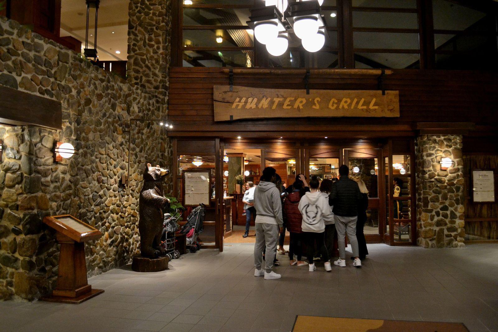 Une soirée au Sequoia Lodge et dîner au Hunter's Grill...