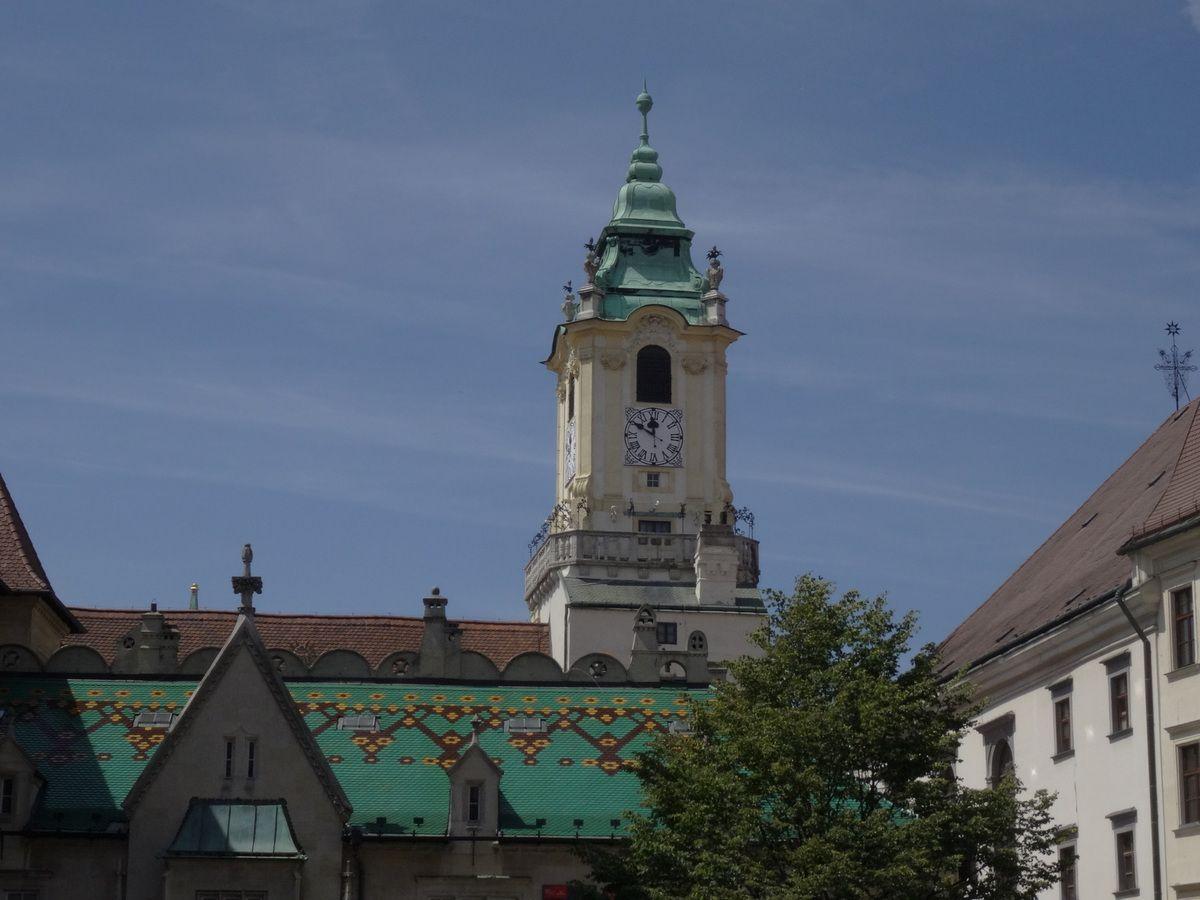 L'arrière de l'ancienne mairie.