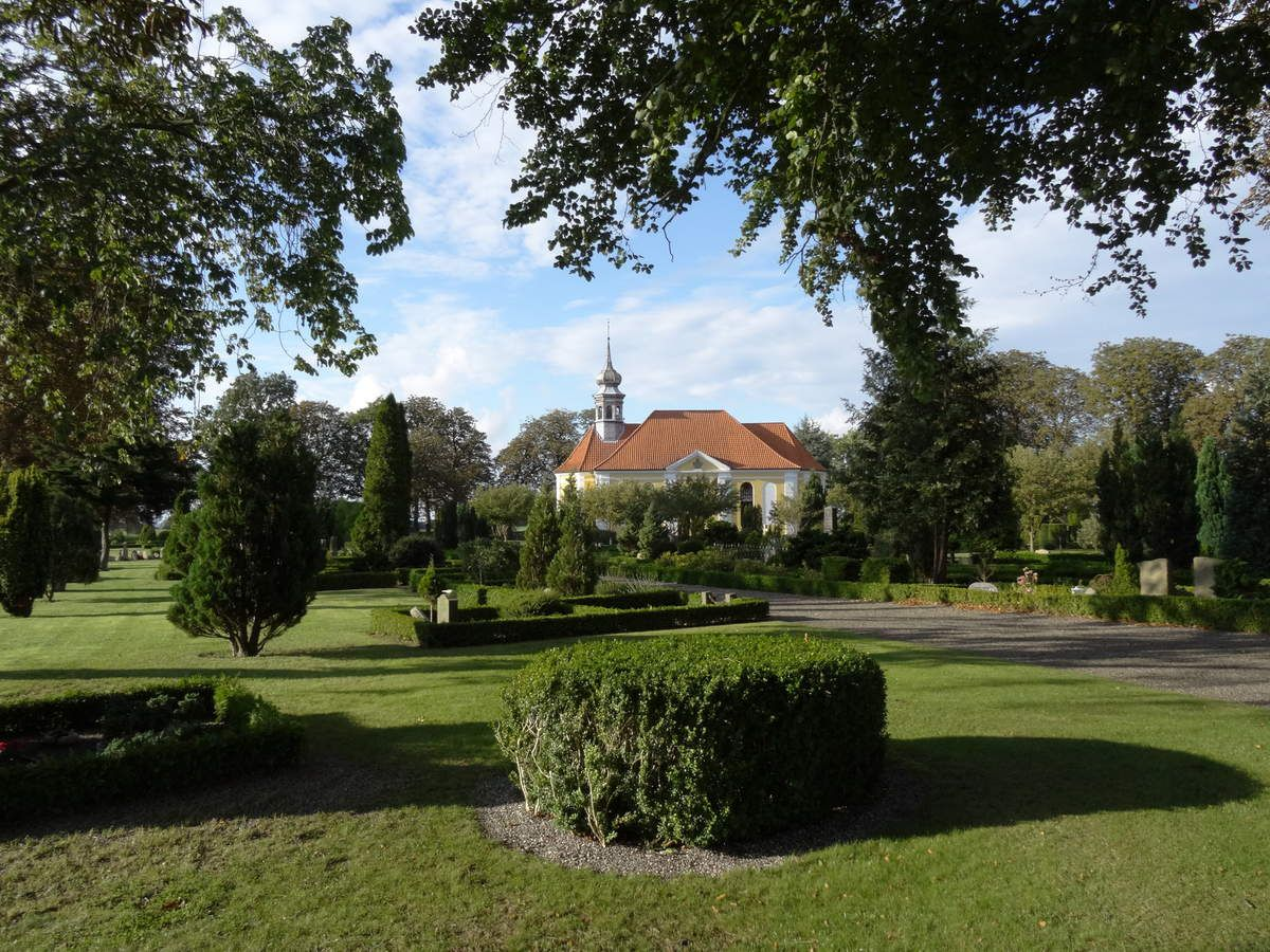 Eglise et cimetière de Damsholte