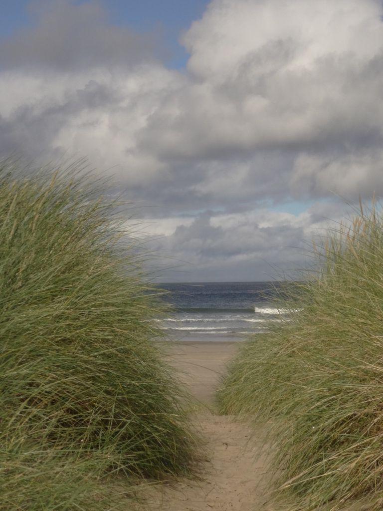 La goulotte menant à la plage
