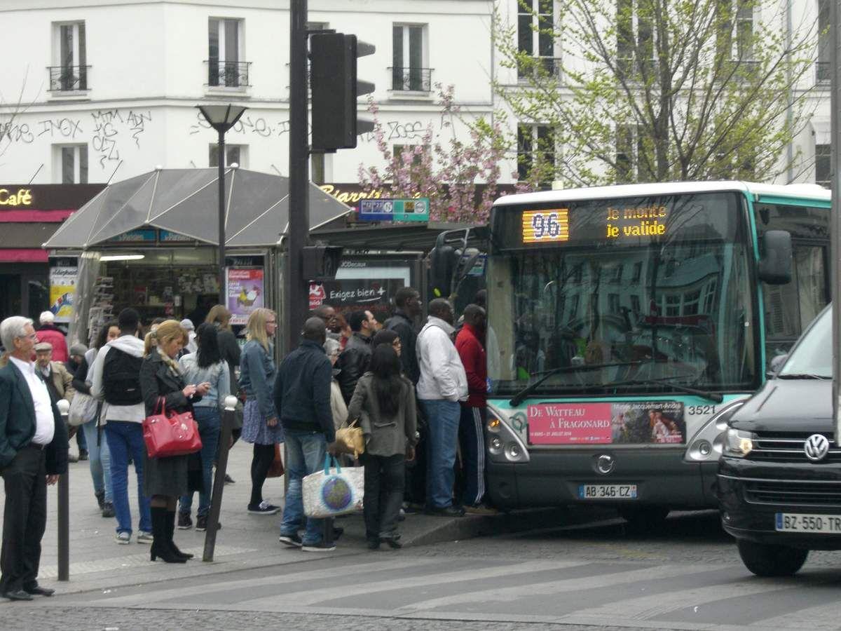En prenant le bus...