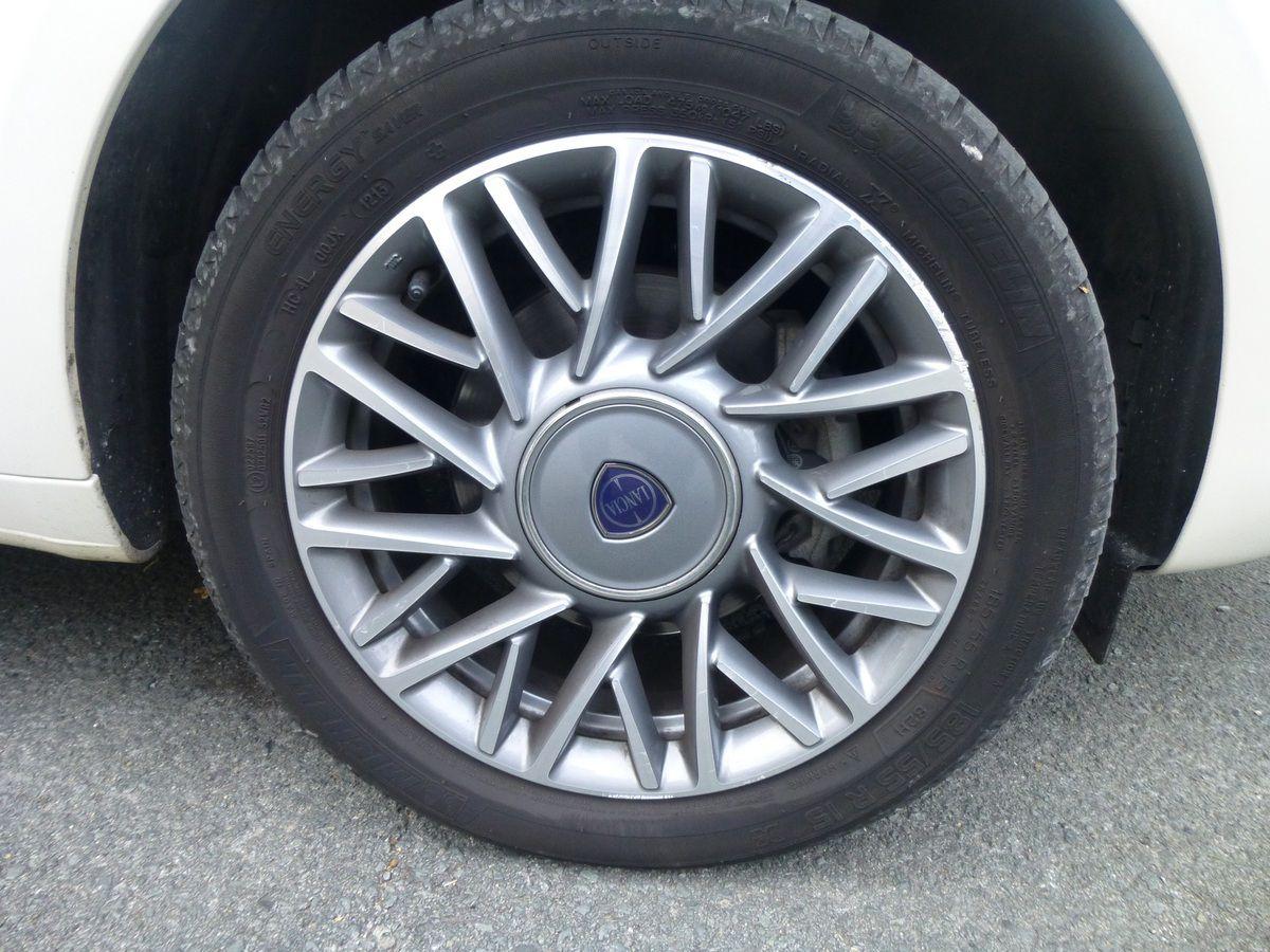 Essai Lancia Ypsilon 1.3 Jtd 95 ch Platinum