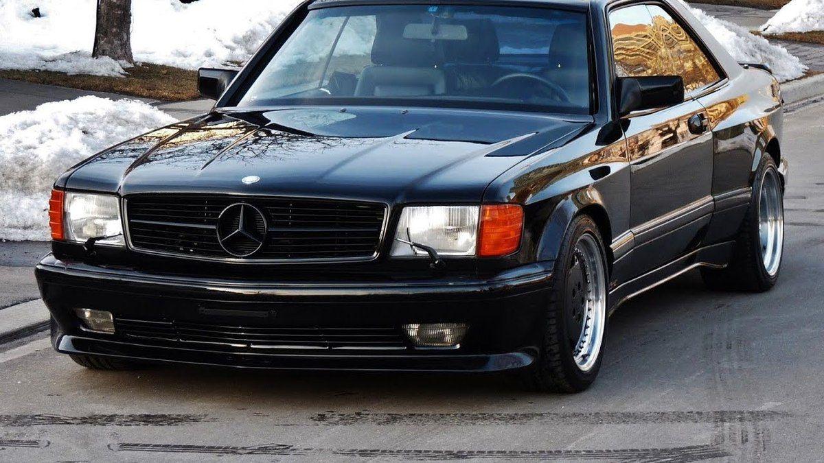A la fois statutaire et sportive, la Mercedes 560 SEC AMG en jetait !