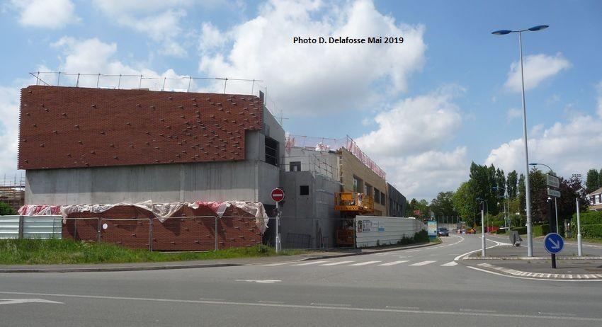 Le nouveau C.E.S. vu à l'angle du Boulevard de Roncq et de l'Avenue du Stade Halluin - Mai 2019.