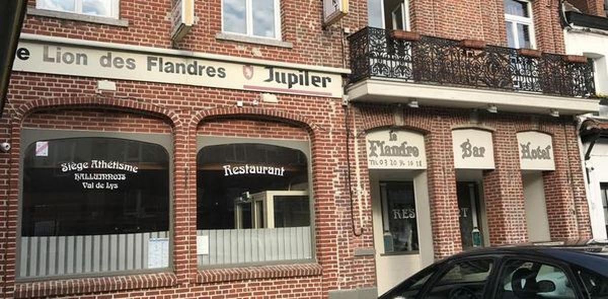 Nouveau cabinet médical à l'emplacement de l'ancien Hôtel Restaurant Le Flandre Place Abbé Bonpain Halluin.
